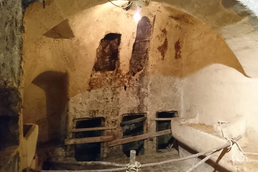 Visit Matino and the underground hypogeum