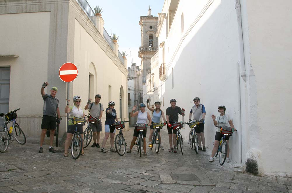 Bike e Trekking Self Guided con Cena a Km 0