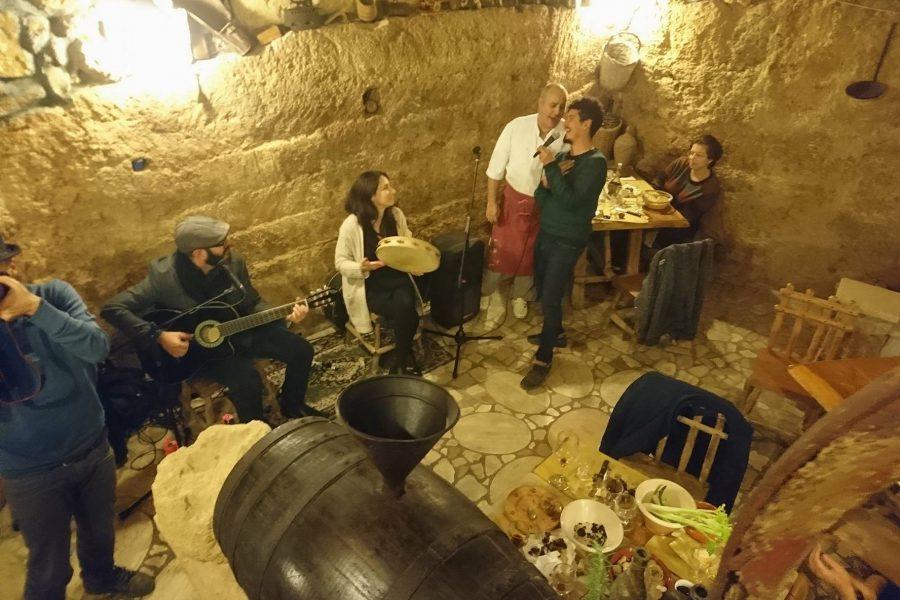 Learn Pizzica dance in South Puglia