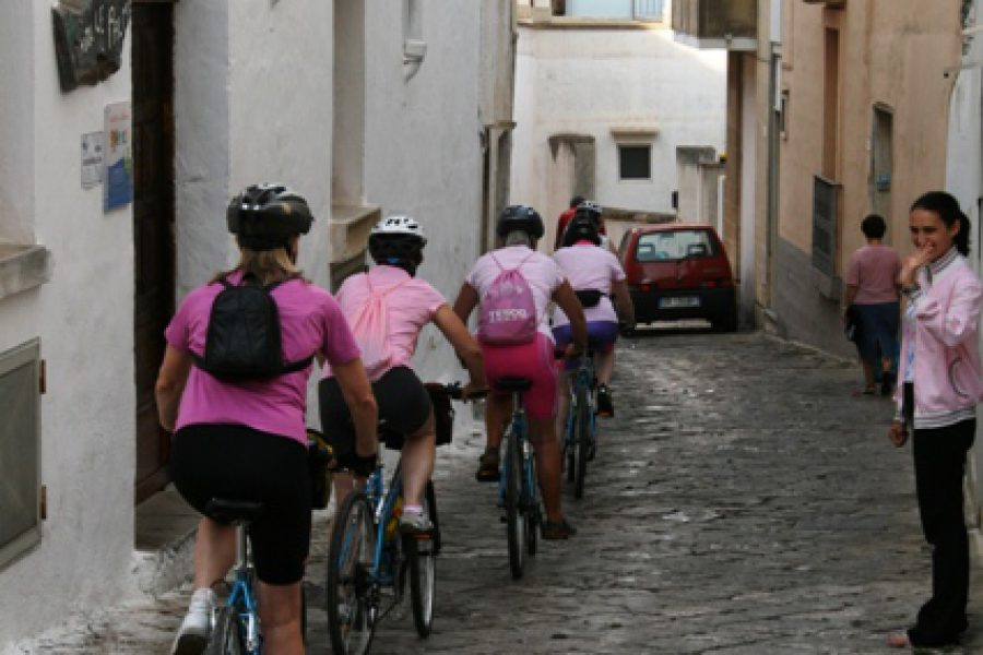 For groups:3 days south Puglia food and wine on bike